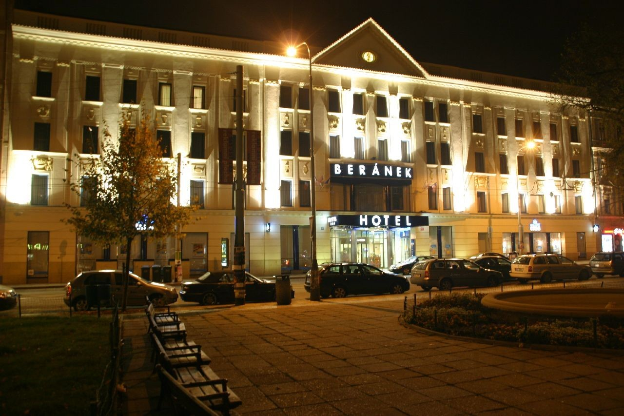 accommodation and conferences hotel beranek prague